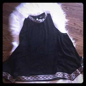 Super cute forever 21 Flowy top with high neck